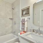 Upper-Level-Bath-_DSC0923
